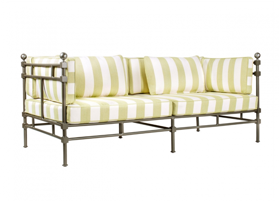 Deia Sofa with Cushion